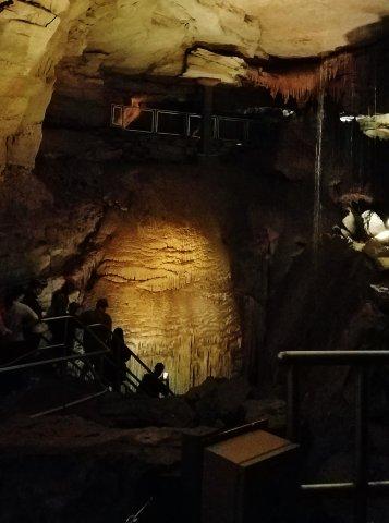 Mammoth Cave Niagara Falls